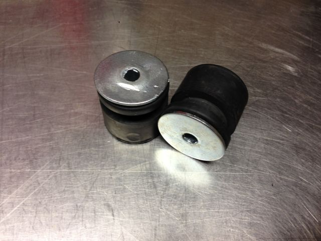 CR60 tank bushing and rubber